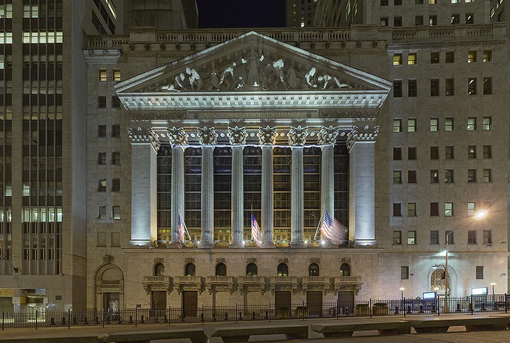 2008-03-Wall-Street-frontal-flat-700