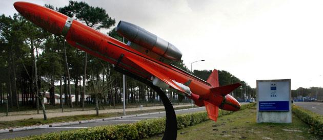 Cachez ces lance-missiles que je ne saurais voir.